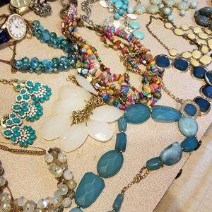 Lot of fashion jewelry